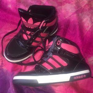 Girls high top Adidas pink black sneakers 11